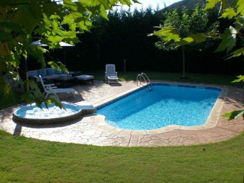 Piscina prefabricada de poliester rectangular modelo acapulco - Cascadas de piscinas ...